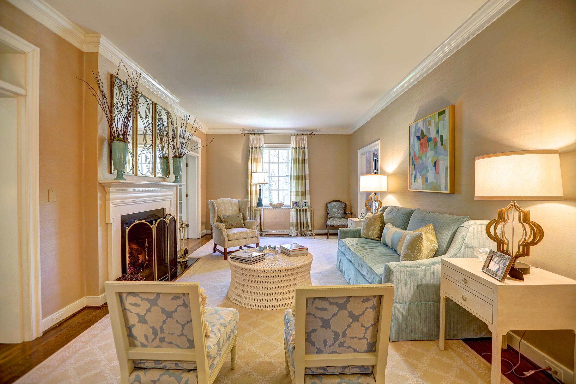 Living Room 2 Davenport Plageman Dedicated Real Estate Professionals