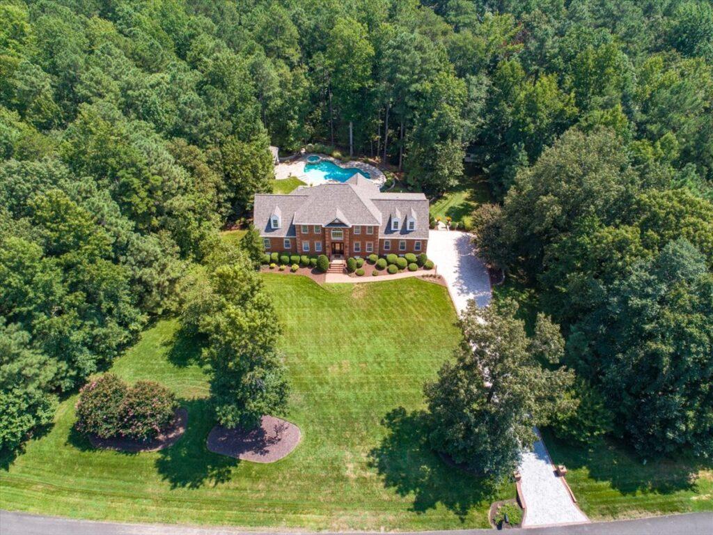 11337 Shorecrest Lane Chesterfield, Virginia